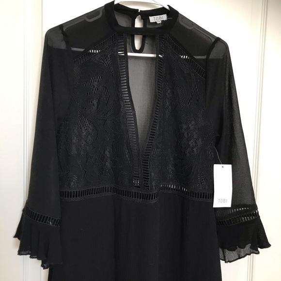 Tobi Dresses & Skirts - NWT TOBI Deep V Dress Small